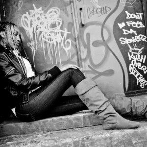 Ava + Graffiti + TheEx-104